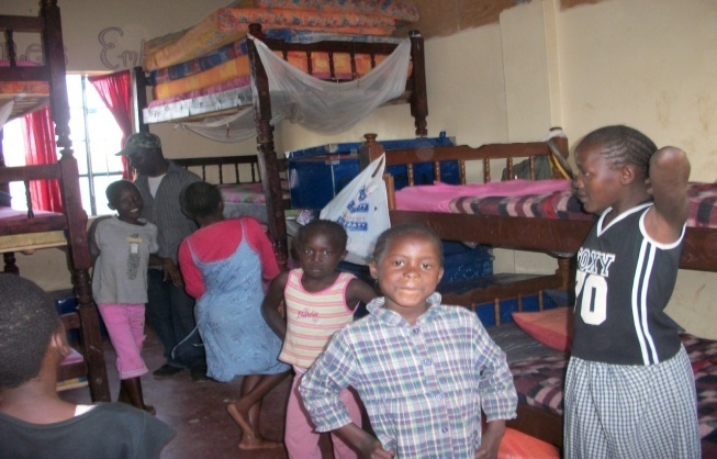 community transformers-tree house children family,luckysummer